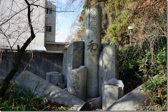 青葉神社 東日本大震災で倒壊した鳥居