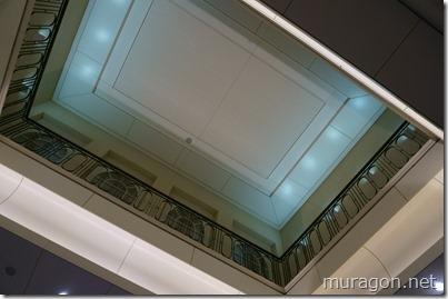 東京駅 丸の内中央口の天井