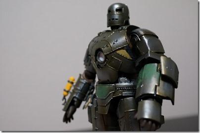 特撮リボルテック「アイアンマン マーク1」(kaiyodo revoltech ironmanmark1)