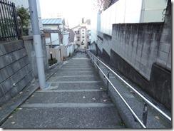 日本医科大裏手の階段