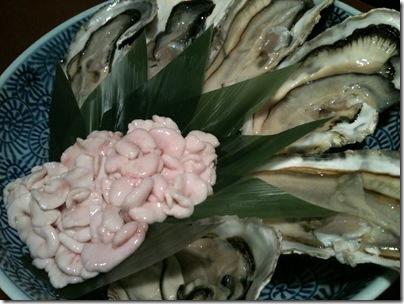 殻付き牡蠣と真鱈の白子しゃぶしゃぶ