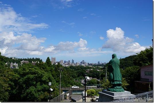 本国寺「日蓮聖人銅像」