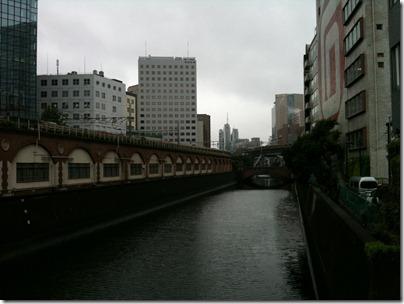 万世橋から昌平橋をのぞむ