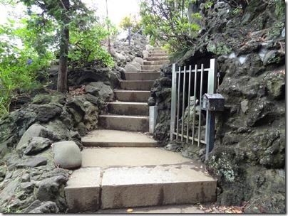 富士塚入り口