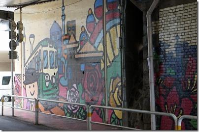 高架下壁画