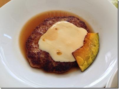 オランダチーズのせハンバーグ定食